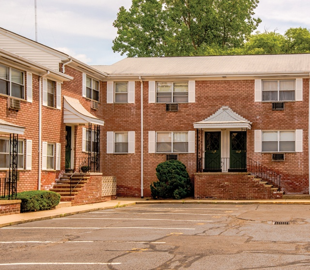 Delaney Court Apartments Rentals: Maple Court Apartments For Rent In Ridgefield Park, NJ