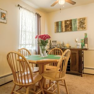 Maple Court Apartments For Rent in Ridgefield Park, NJ Diningroom